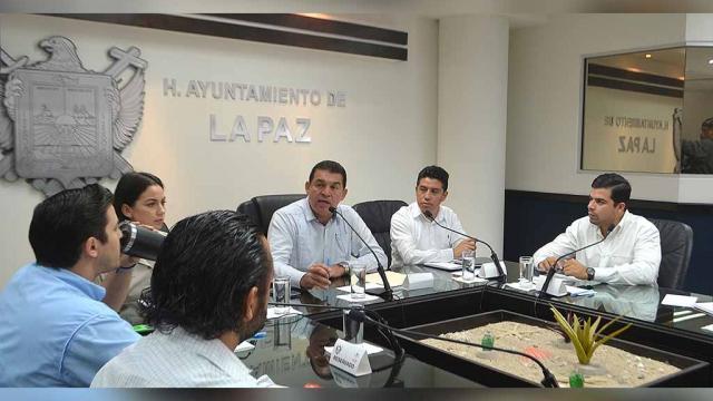 Entregará Ayuntamiento 1.5 mdp en becas para estudiantes con recursos de Fortamun