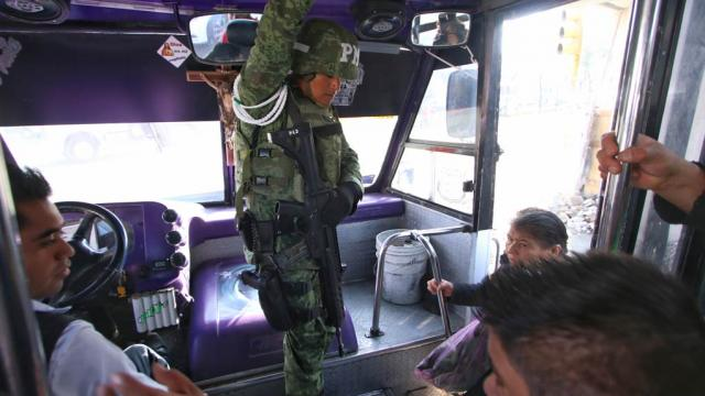 Guardia Nacional podrá subir a transporte para evitar asaltos: AMLO
