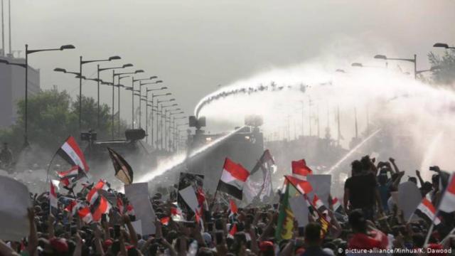 Bagdad bajo toque de queda, protestas dejan 20 muertos