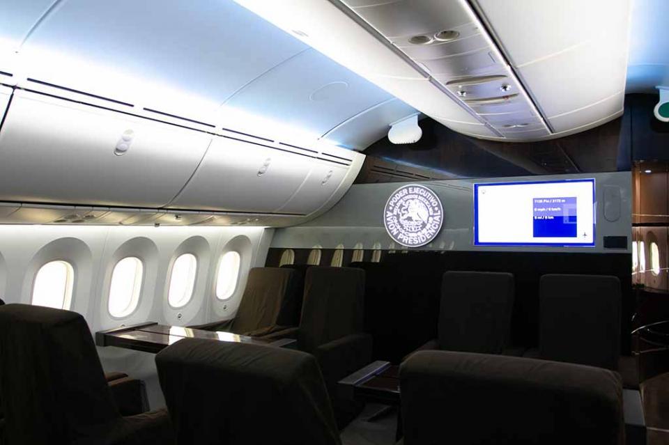 Abriría AMLO avión presidencial al público