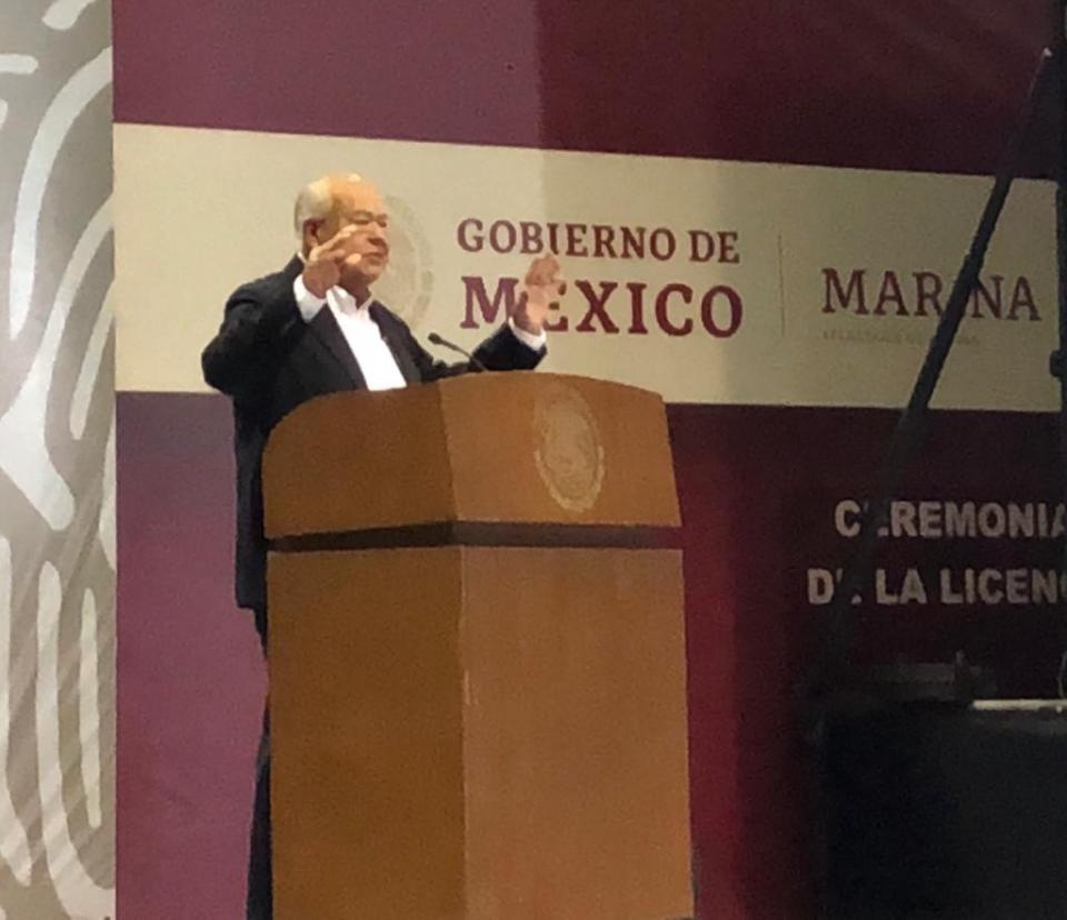 Funcionarios de la 4T estamos para servir a la gente, no de servirnos, ni enriquecernos del gobierno: Víctor Castro