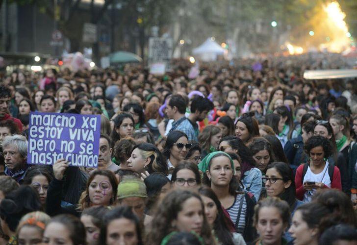Mujeres de todo el país salen a las calles