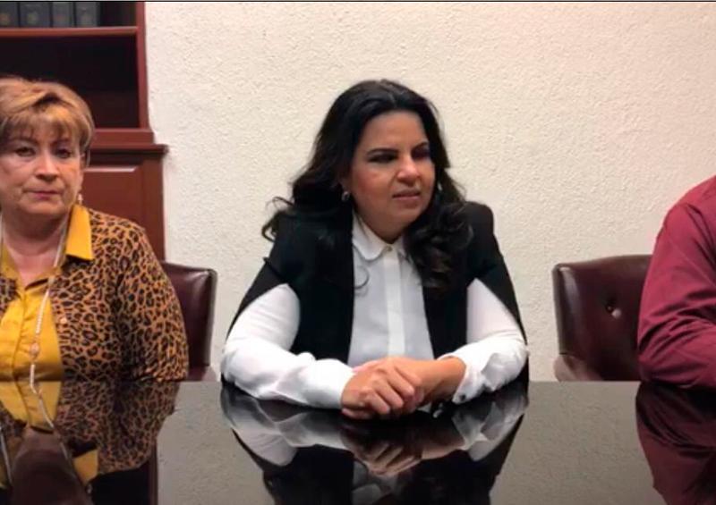 Se deslinda alcaldesa de Los Cabos de ataque a comunicador