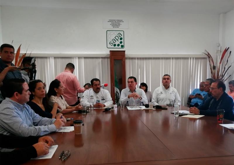 Renuncia el Director General de Oomsapas La Paz