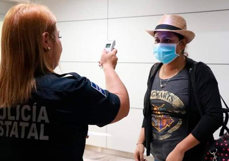 Filtro de salud en Aeropuerto de La Paz por coronavirus