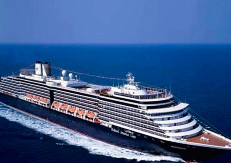 Crucero con 800 tripulantes pide asilo en puerto de Cabo San Lucas
