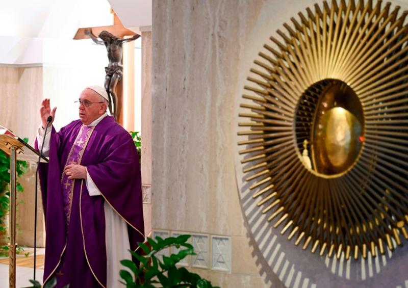 Papa Francisco invita a reconectar con la familia durante cuarentena