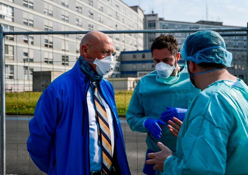 La pandemia ya deja más de 11.000 muertos y castiga con saña a Italia