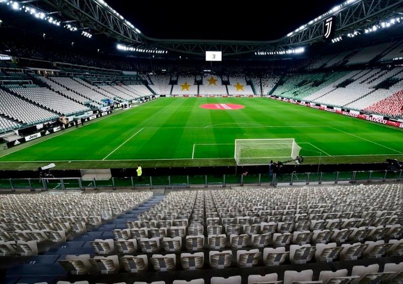Suspenderían sueldos a futbolistas italianos