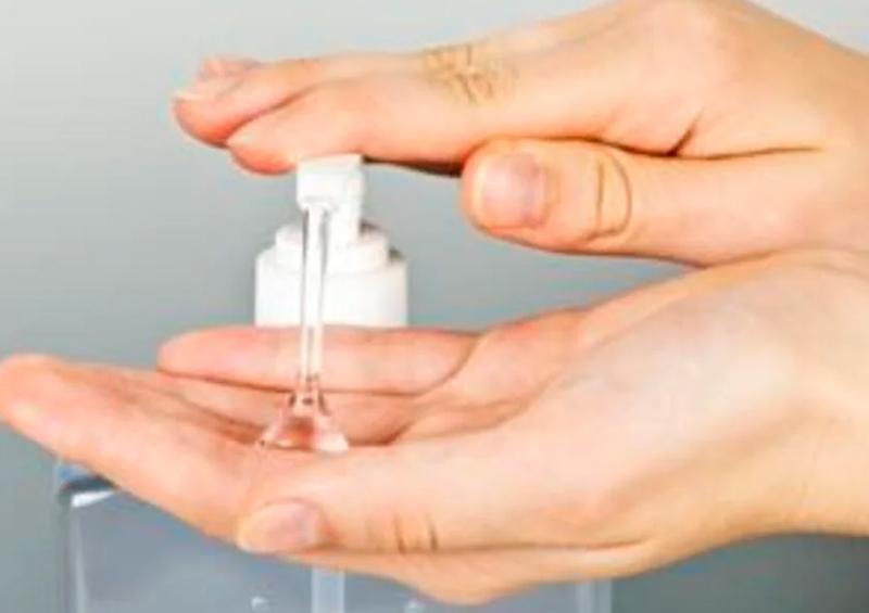 Destiladora de ron ayudará a producir gel antibacterial ante coronavirus
