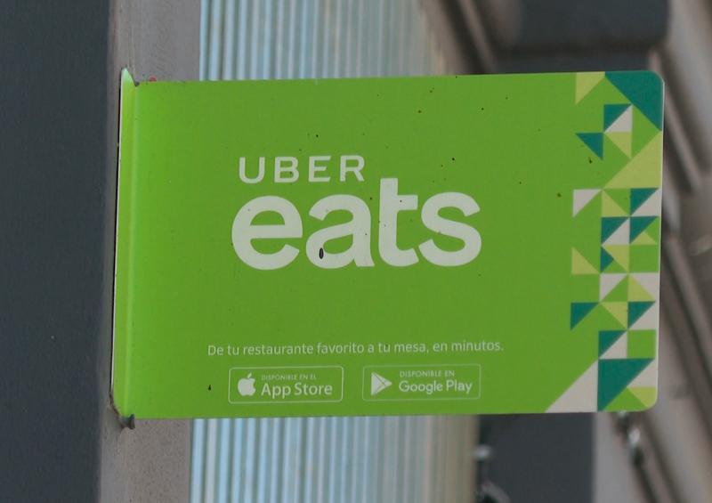 Apoyará Uber económicamente hasta por 14 días a choferes y repartidores positivos de Covid-19