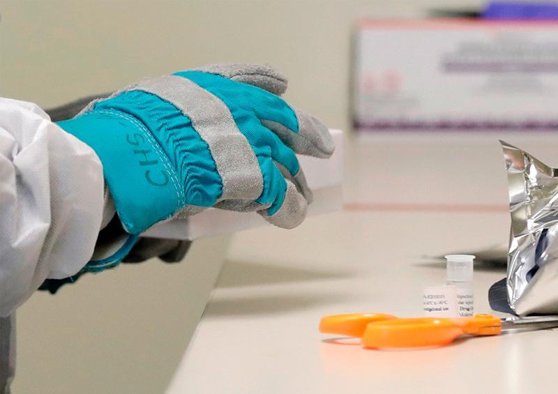 Primeras pruebas de vacuna contra coronavirus resultan existosas
