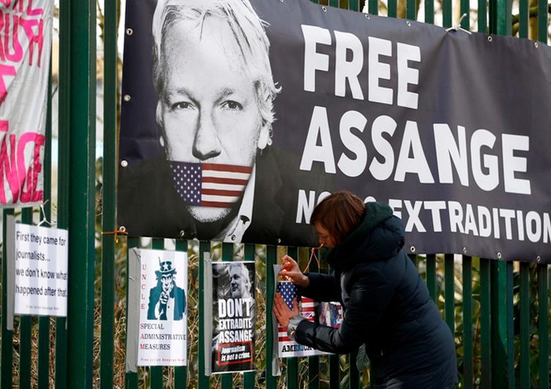 Abogados de Assange pedirán su libertad bajo fianza por Covid-19