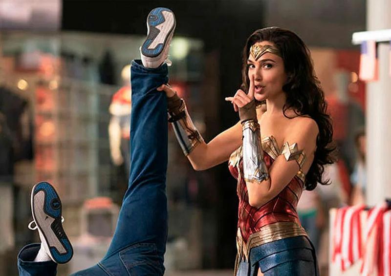 """""""Wonder Woman 1984"""" retrasa su estreno por COVID-19"""