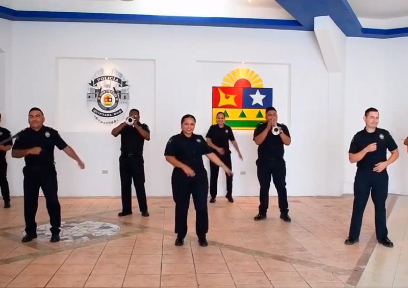 Luchan contra el coronavirus al ritmo del Mariachi