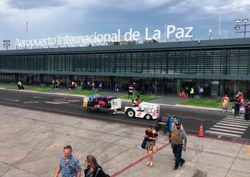 Cancelan aerolíneas vuelos a La Paz; aeropuerto opera normal