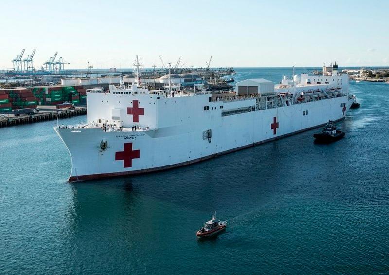 Buque hospitalario llega a Los Ángeles para ayudar durante la pandemia
