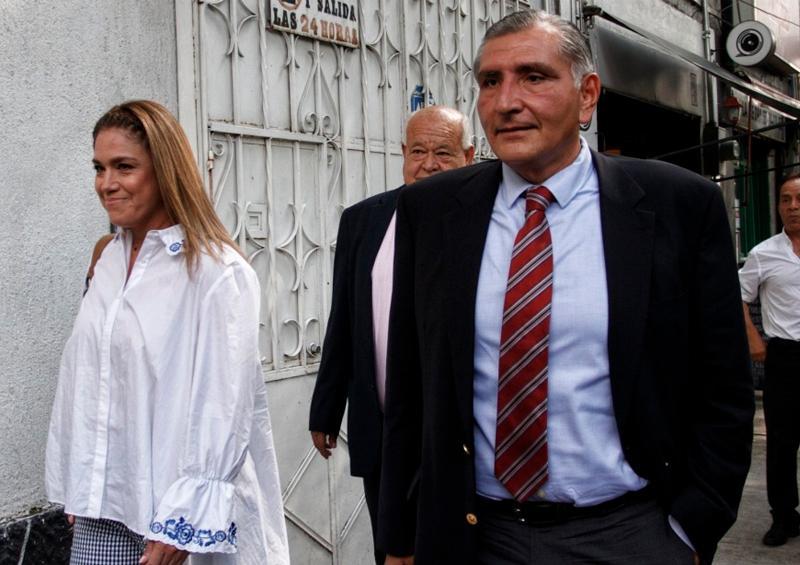 Desde cuarentena, gobernador de Tabasco anuncia filtros en fronteras