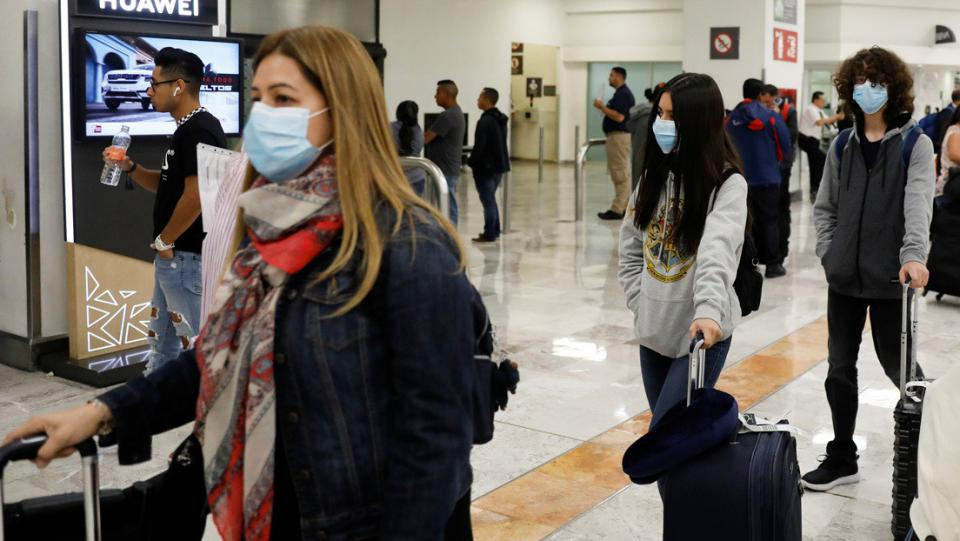 México no restringirá vuelos ni cerrará sus fronteras; suman 13 casos