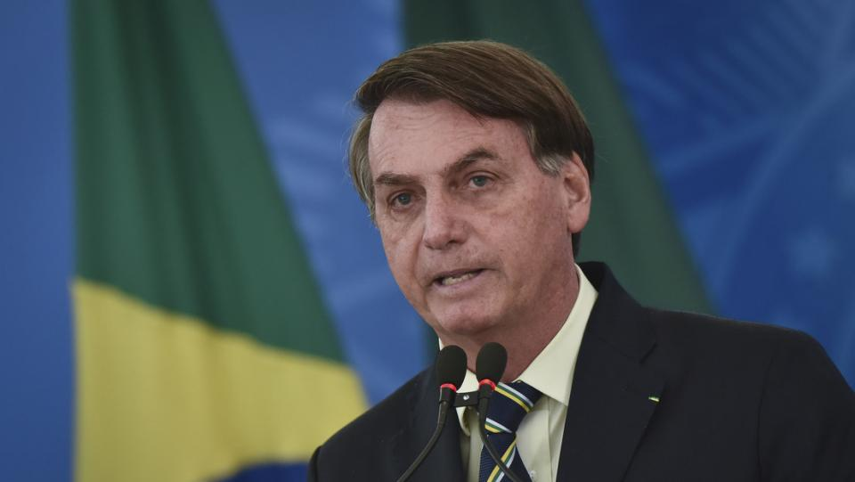 """""""Algunos van a morir, lo siento, pero así es la vida"""": Bolsonaro"""