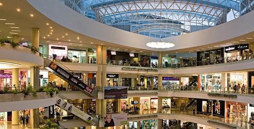 Cierran centros comerciales en la Ciudad de México