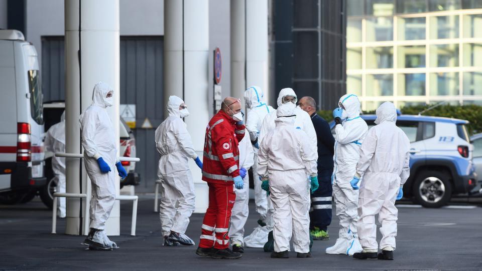 Italia registra un nuevo máximo de 793 muertes en un día