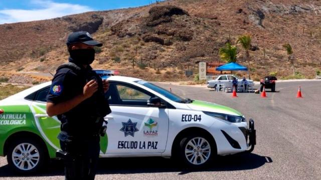 Instalan filtros policíacos en acceso a playas