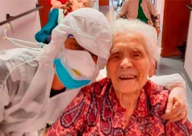 Abuelita de 104 años vence al coronavirus