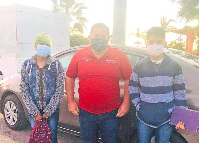Arrendadora de carros puso a disposición 3 vehículos para transportar a niños con cáncer a La Paz por Covid-19