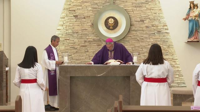 Labor de las mujeres dentro de la iglesia católica