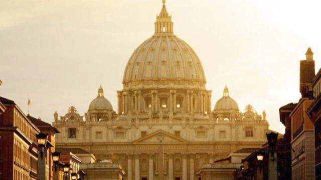 Vaticano procesará a Cecilia Marogna por malversar fondos