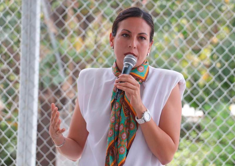 Medir, sectorizar y reparar la red para mejorar la presión de agua en La Paz, propone Milena Quiroga