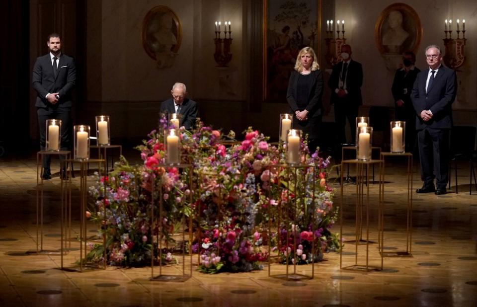 Alemania hace homenaje a fallecidos por Covid