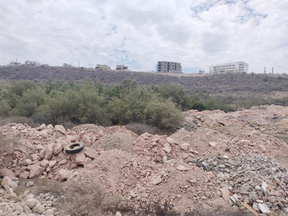 Humedal dañado en la colonia La Piedra