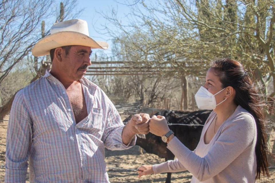 Milena Quiroga con emprendedores rurales
