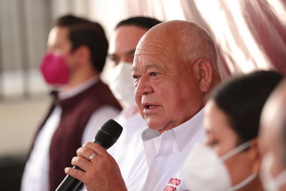 Víctor Castro