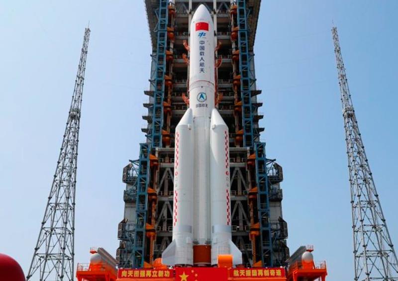 Pentágono rastrea cohete chino que puede impactar la Tierra