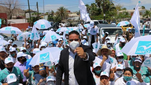 Mi gobierno va por el bienestar de la gente: Alejandro Rojas