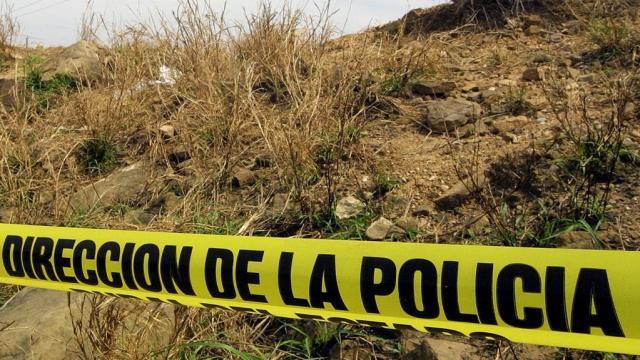 Encuentran 6 cuerpos en fosas clandestinas de Sinaloa