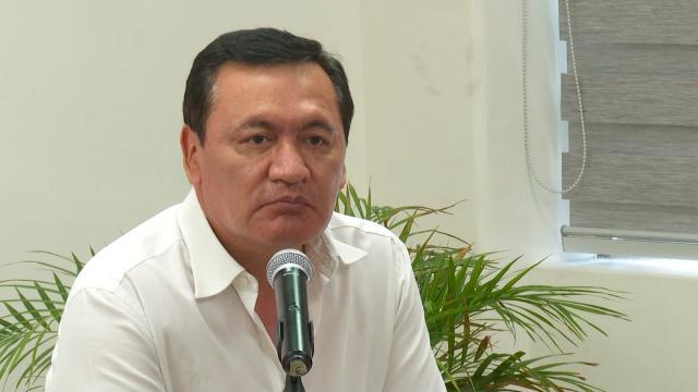 Osorio Chong cuestiona al IEE de BCS