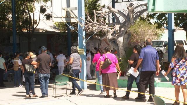 Jornada de vacunación a adultos de 50 a 59 años en La Paz
